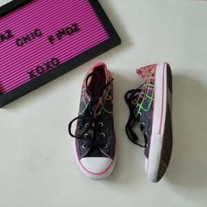 CONVERSE girls low top sneakers